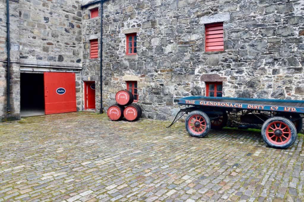 glendronach distillery exterior