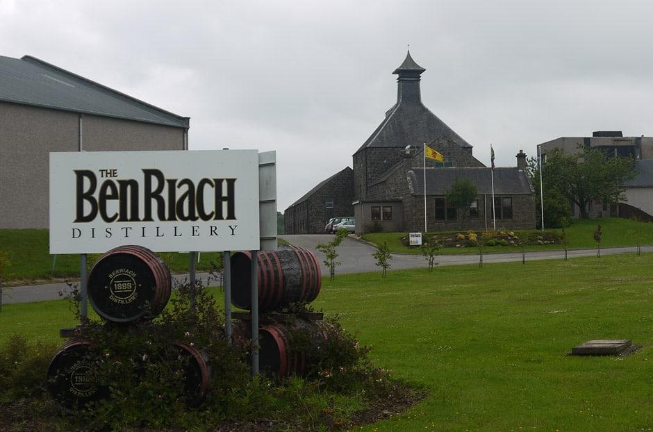 BenRiach Distillery (Flickr Martyn Jenkins)