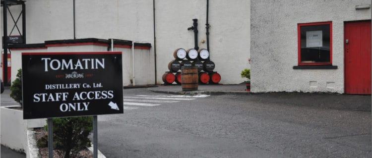 tomatin distillery (flickr janos korom)