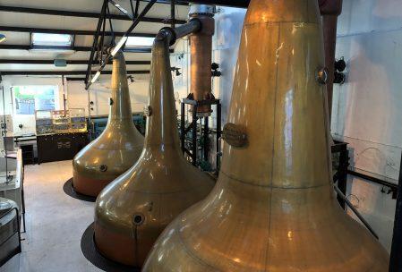 bowmore-distillery-pot-stills