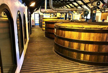 bowmore-distillery-washbacks