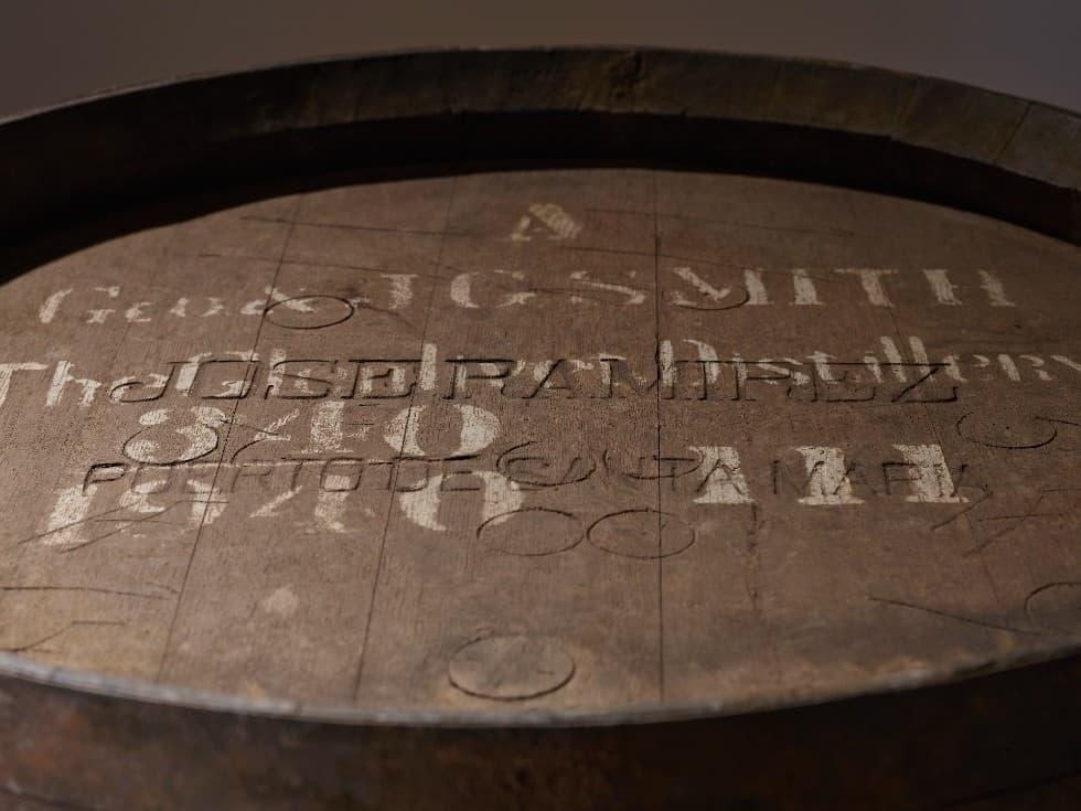 oldest scotch whisky glenlivet 80yo gordon macphail generation 340